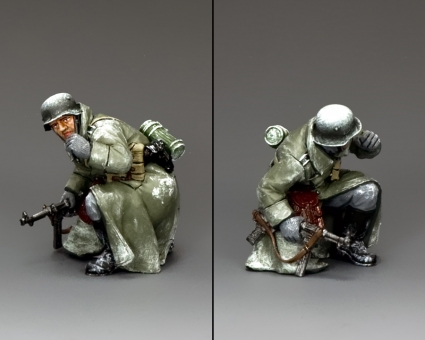 Battle of the Bulge: Kneeling Winter Officer