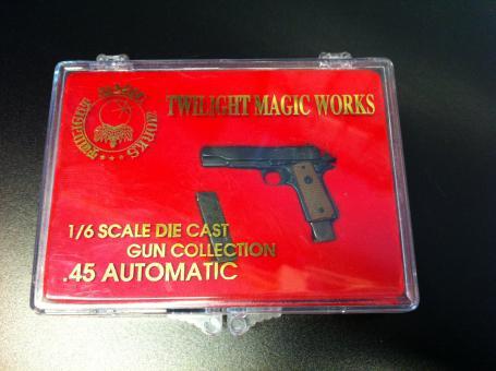 Colt 1911 in Metal mit beweglichen Schlitten von Yamato Black