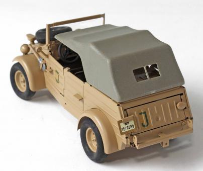 VW Typ 82 Deutsche Wehrmacht Kübelwagen ohne Verdeck  1:24