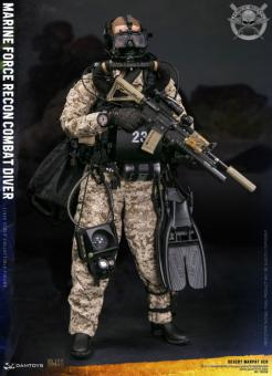 Marine Force Recon Combat Diver (Desert Marpat Version)