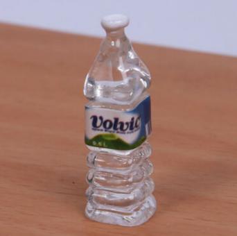 Mineralwasser Flasche Volv 1/6