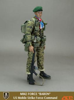 US Mobile Strike Force Command - Mike Force Baron 1/6