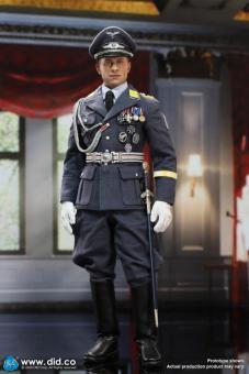 WWIl German Luftwaffe Captain - Willi 1/6