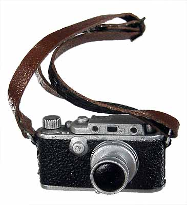 Leica  1/6 in Metal