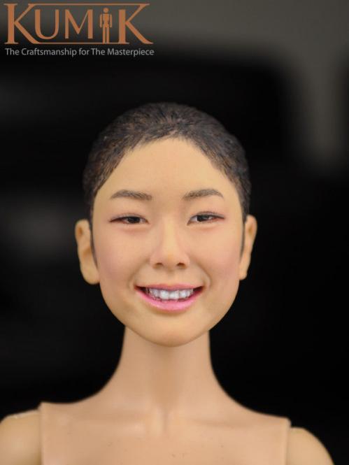 Kumik Asian beauty smiling