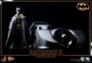 Batman and Batmobil 1989